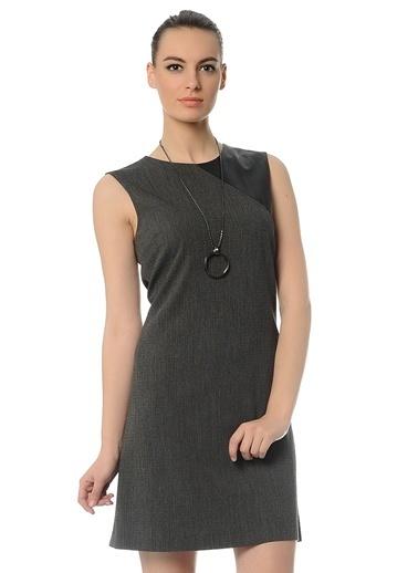 Cotton Bar Kolsuz Düz Elbise Siyah